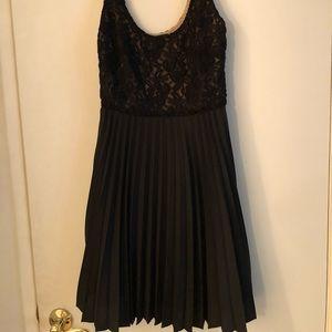 Bebe pleated lace dress